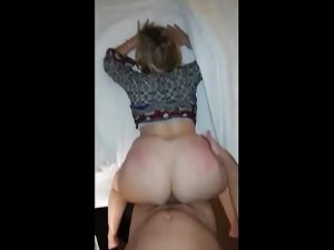 MILF Homemade hot milf squirting while getting nail